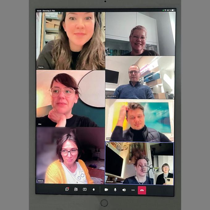 Schnappschuss aus einem virutellen Teams-Meeting mit allen Mitgliedern des BELLEVUE Teams.