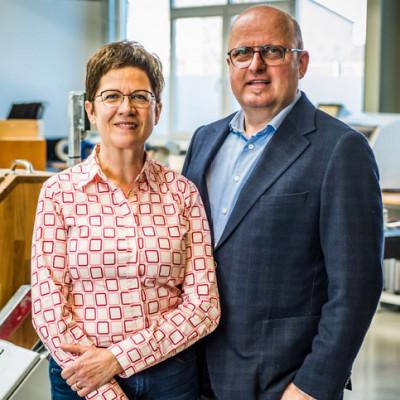 Susanne und Wolfgang Reckzeh, Gründer und Inhaber von Colibri's in ihrem Firmensitz in Lübeck.