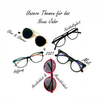 Titelbild mit 5 freigestellten Brillen im Kreis und 5 Wünschen für das Jahr 2021.