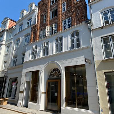 Fassade des Geschäfts von Colibri in Lübeck.